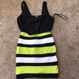 Xoxo green black and white dress